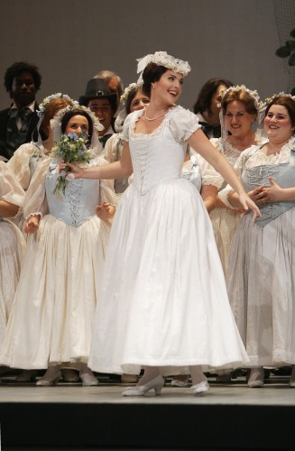 Florida Grand Opera's new production of La sonnambula